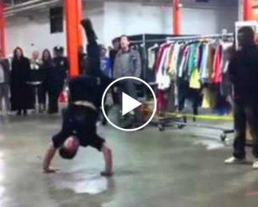 Polícia Exibe Os Seus Passos De Break Dance. Excelente! 2