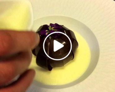 Restaurante Português Confecciona Flor Mágica De Chocolate e... é Mesmo Mágica! 2