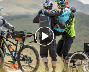 Ex-Campeão Mundial Bike Trial Volta a Andar De Bicicleta Após Ficar Paraplégico 1