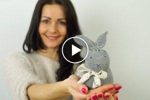 Um Coelhinho Da Páscoa Fácil De Fazer e Sem Precisar De Costuras 5