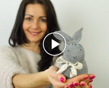 Um Coelhinho Da Páscoa Fácil De Fazer e Sem Precisar De Costuras 3