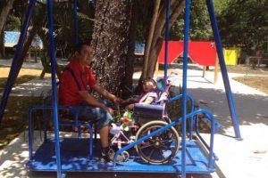 Parque Infantil Inova Com Brinquedos Totalmente Adaptados Para Crianças Deficientes 4
