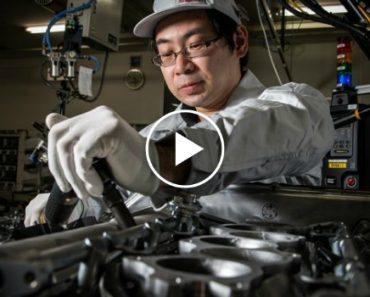 Como é Montado Cada Motor Do Nissan GT-R 2017 Pelos 5 Mestres-Artesãos 7