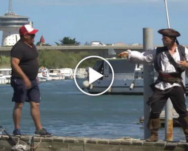 Se o Remi Gaillard Fosse o Pirata Das Caraíbas, Seria Assim: 2
