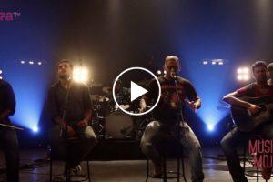 """Banda Indiana Faz Versão Maravilhosa De """"Nothing Else Matters"""" Dos Metallica 9"""