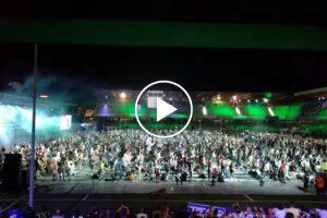 Nirvana Tocado Por 1200 Músicos Em Simultâneo, Um Momento Que Não Vai Querer Perder 9