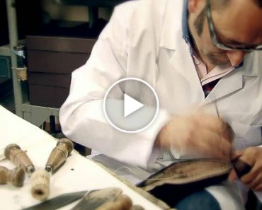 Como São Feitos Os Elegantes e Luxuosos Sapatos Da Louis Vuitton 5