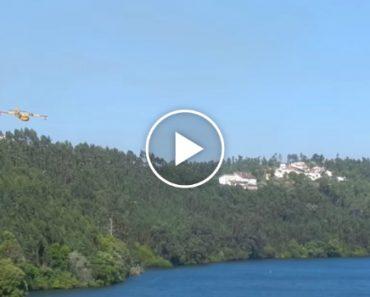 Manobra De Abastecimento Do Avião Canadair No Rio Douro Durante Incêndios De Arouca 7