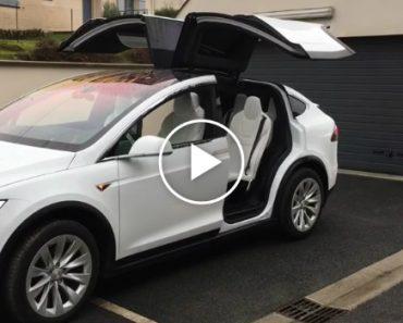 Tesla Celebra Natal Com Coreografia Dos Model X 8