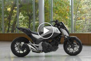 Honda Apresenta Motorizada Com Equilíbrio Automático e Capaz De Andar Sozinha 10