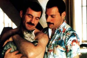Fotos Raras Documentam o Amor De Freddie Mercury e Seu Namorado Nos Últimos Anos De Vida Do Artista 9