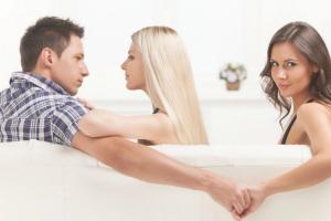 Estudo Indica Que Homens Infiéis Possuem QI Mais Baixo 10