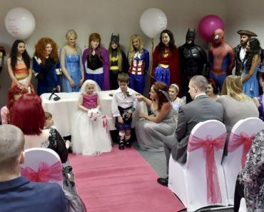 Menina Com Cancro Terminal Realiza Sonho De Casar Com o Melhor Amigo 8