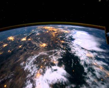 Qual a Sensação De Voar Sobre o Planeta Terra? 5