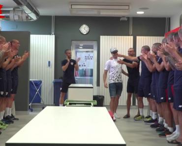 Jogadores Do At. Bilbao Surpreendem Companheiro De Equipa Que Foi Diagnosticado Com Cancro 8