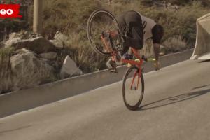 Vittorio Brumotti Impressiona No Freestyle Com Uma Bicicleta De Estrada 10
