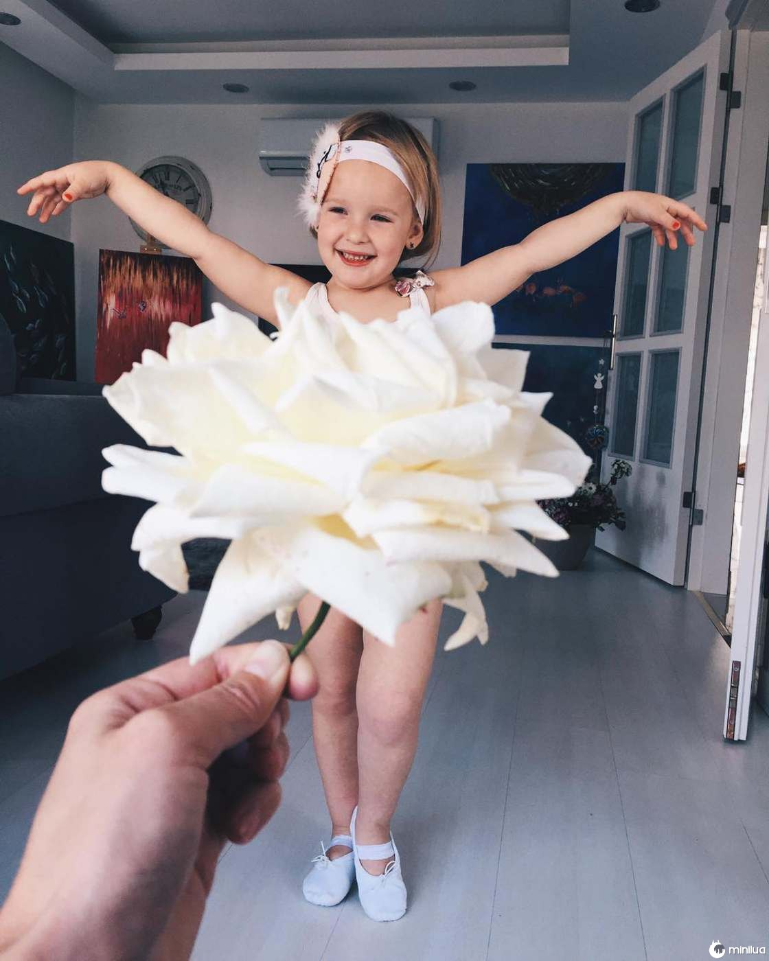 Mãe e Filha De 3 Anos Fazem Sucesso No Instagram Com Os Seus Criativos Vestidos 4