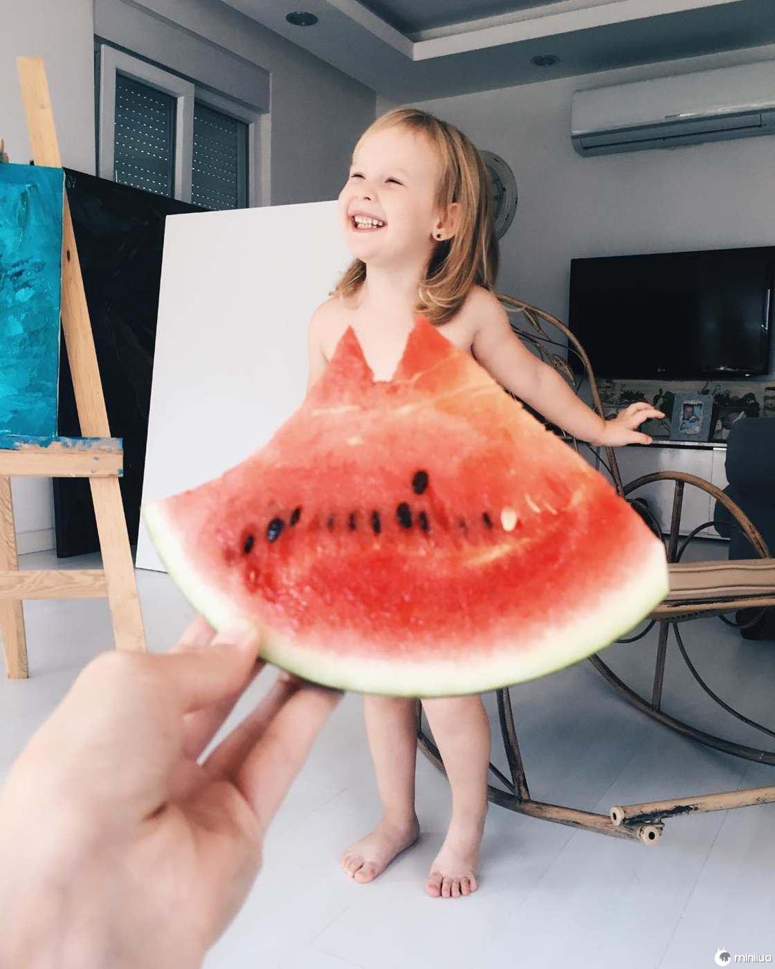 Mãe e Filha De 3 Anos Fazem Sucesso No Instagram Com Os Seus Criativos Vestidos 6