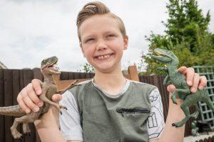 Menino De 10 Anos Corrige o Museu De História Natural De Londres 11