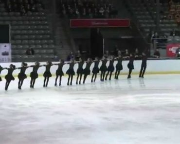 16 Patinadores De Gelo Levam Público Ao Rubro Com Impressionante Coreografia 3