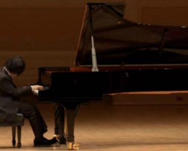 Pianista Invisual Não Consegue Conter As Lágrimas Em Comovente Atuação 5