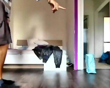 Bebé Aprende Com o Seu Pai Como Dançar Hip Hop, o Resultado é Encantador 1