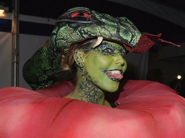 18 Fantasias Que Provam Que Ninguém Ama Mais o Halloween Do Que Heidi Klum 8