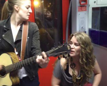 Jovens Deslumbram No Metro De Frankfurt Com Música De Prince 8