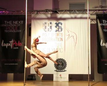 Dupla De Bailarinos Fazem Maravilhosa Coreografia Em Campeonato Mundial De Pole Dance 8