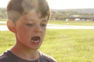 Pai Usa Helicóptero Real Para Arrancar o Dente Do Filho 9