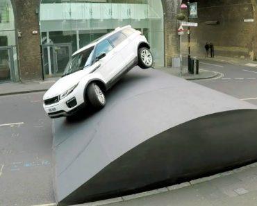 Range Rover Evoque à Prova De Lombas, Mesmo As Gigantes 2