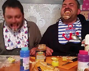 Comer, Beber e Falar Enquanto Se Usa Um Afastador Labial é Estupidamente Hilariante 6