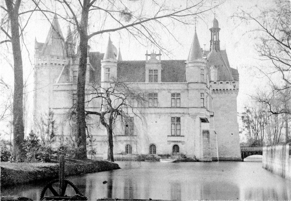 Castelo Abandonado é Comprado Por 6500 Internautas 6