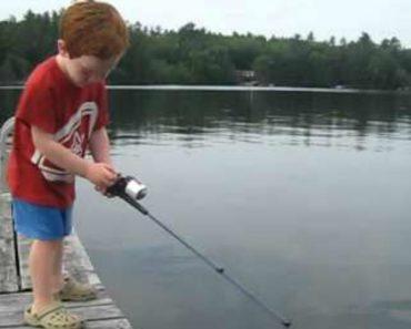 Menino De 4 Anos Pesca Peixe Em Tempo Recorde 7