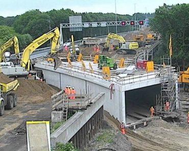 Túnel Sob Autoestrada é Construído Em Apenas 2 Dias! 9