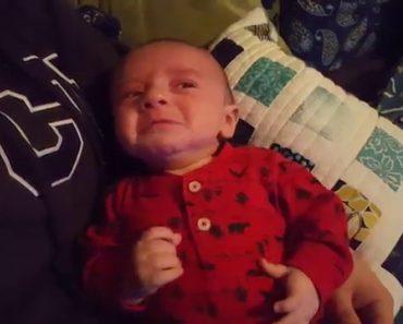 Pai Descobre Truque Infalível Para Acalmar o Choro Do Seu Bebé 5