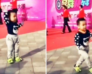 Menino De 3 Anos Rouba Atenções Às Bailarinas Profissionais Com Os Seus Movimentos De Dança 5