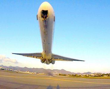Descolagem De Um Avião Num Dos Aeroportos Mais Perigosos Do Mundo 8
