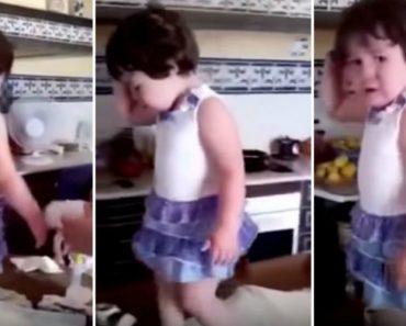 Menina Tem Reação Hilariante Quando Percebe Que Está a Ser Filmada Durante Uma Birra 8