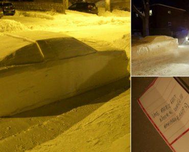 Carro Feito De Neve Estacionado Em Local Proibido é Multado Pela Polícia 1