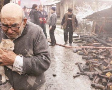 Este Homem Perdeu Tudo Num Incêndio, Mas Conseguiu Salvar o Animal De Estimação 23