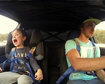 Pai Leva Filho De 4 Anos Para Sessão De Drift Num Subaru, a Reação Da Criança é Impagável 5