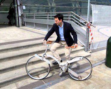 A Bicicleta Que Se Dobra Até Ficar Do Tamanho De Um Guarda-Chuva 3