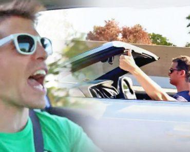 Jovem Canta No Carro De Vidros Abertos e Espalha o Vírus Da Música Aos Outros Condutores 3