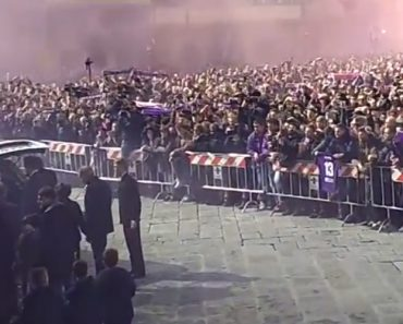 Absolutamente Arrepiante: Foi Assim o Último Adeus Ao Jogador Italiano Davide Astori 2