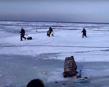 Ondulação Debaixo De Gelo Interrompe Momento De Pesca 1