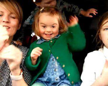 Crianças Com Síndrome De Down Derretem Corações Em Campanha 17
