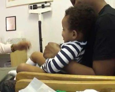 Incrível Médico Faz Com Que Bebé Pare Imediatamente De Chorar Depois De Receber 2 Injeções 6