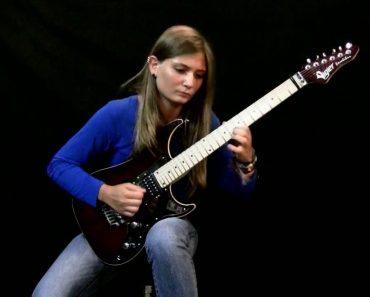 Jovem Guitarrista Faz Extraordinária Versão De Beethoven 6