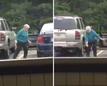 Idosa Com Espírito Jovem Mostra a Sua Alegria De Viver Ao Dançar Em Parque De Estacionamento 1